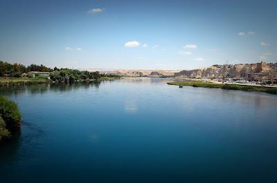 Sabda rasulullah s.a.w tentang sebuah sungai