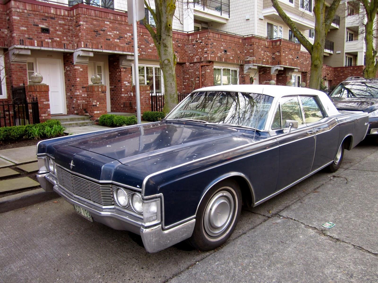 seattle 39 s classics 1968 lincoln continental 4 door hardtop. Black Bedroom Furniture Sets. Home Design Ideas
