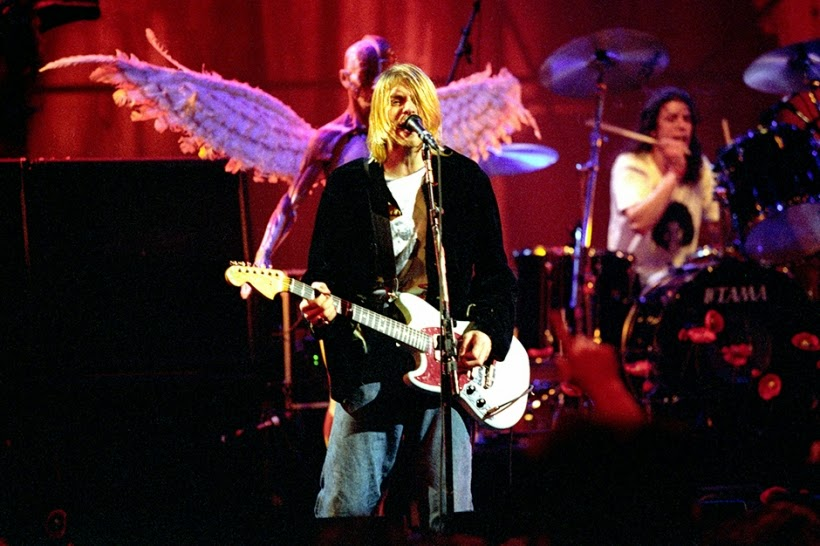 Nirvana MTV Live and Loud Seattle 1993 Kurt Cobain Dave Grohl