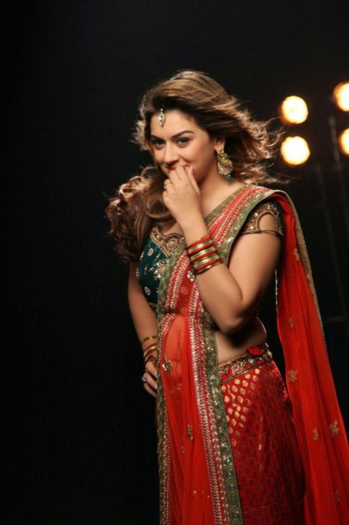 Hansika Motwani Hot Photoshoot in Saree For Romeo Juliet Movie