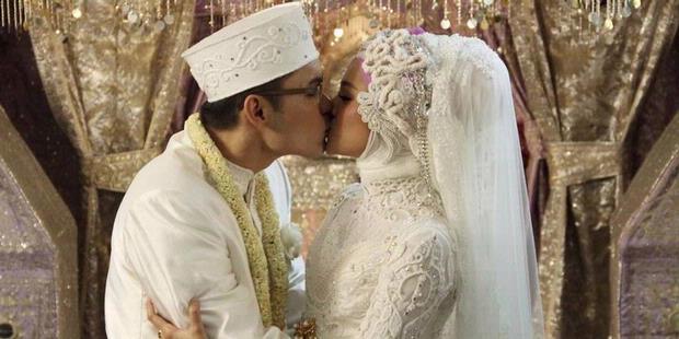 foto pernikahan marshanda dengan ben kasyafani kompas com lihat dan ...