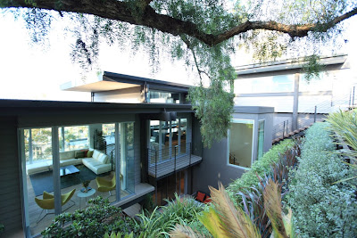 Mission Hills Treehouse, photos by Shelley Metcalf.