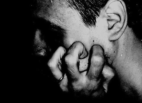 O que acontece quando alguém tem um surto depressivo