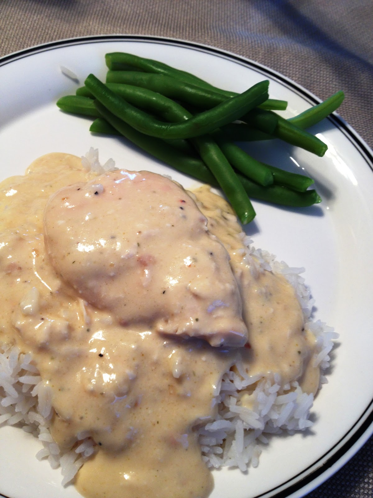Mar 09, · Crockpot Chicken and Noodles – a comforting, home cooked meal made right in your slow cooker. Creamy noodles and juicy chicken are cooked in a savory sauce for a meal the whole family will love! Hey there, y'all. I know it's been been awhile since my last recipe post, and I /5(34).