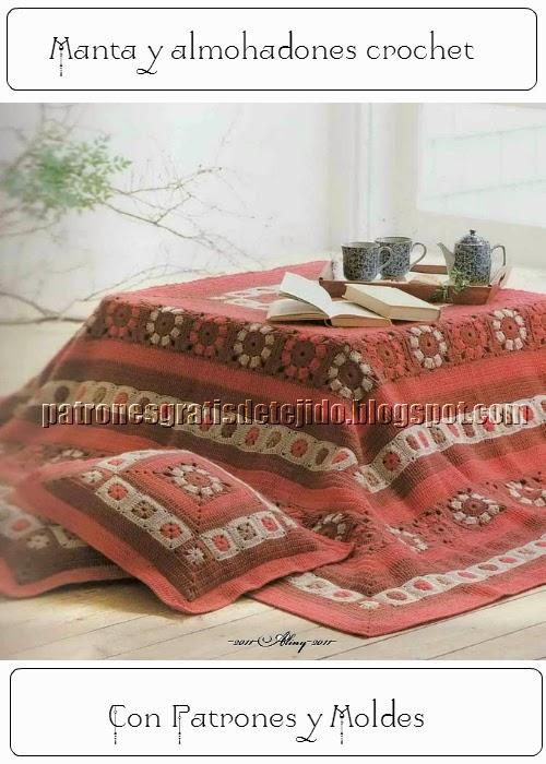 Manta tejida con ganchillo para decoracion