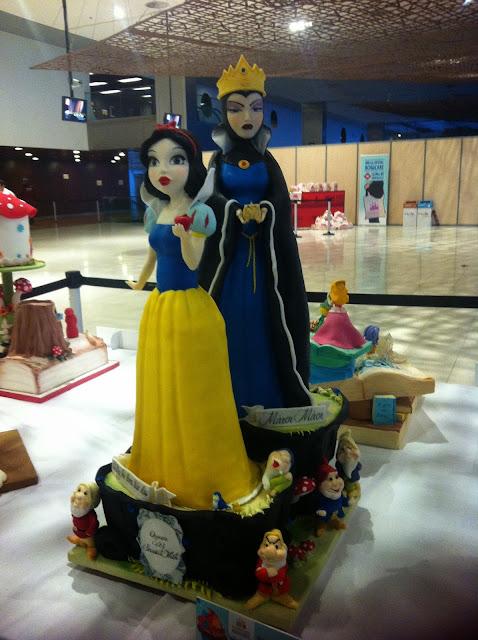 pastel blancanieves y madrastra