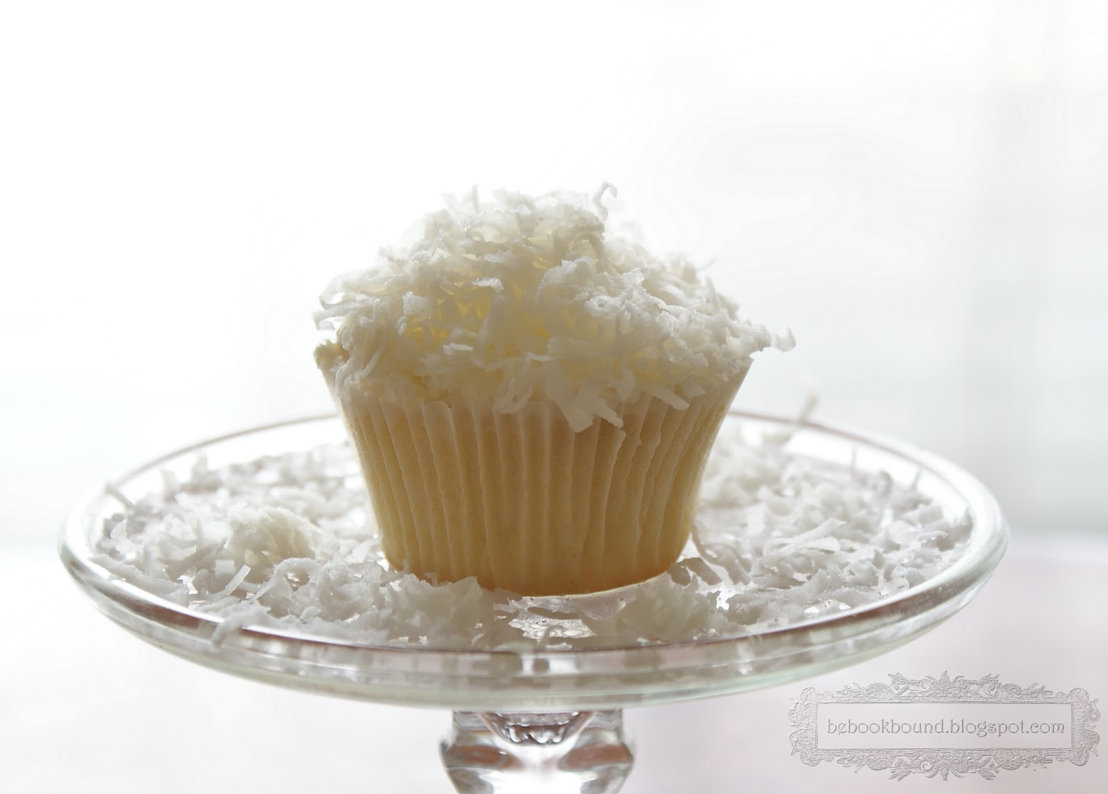 BeBookBound's Coconut Cupcakes