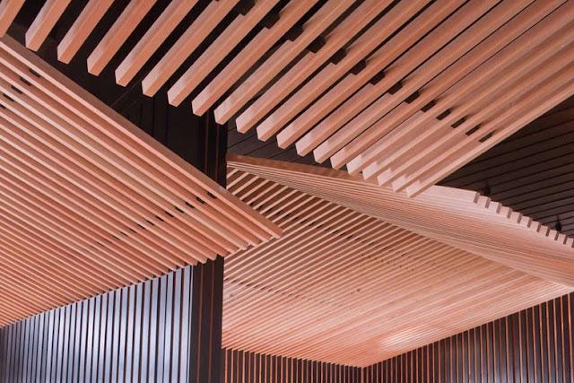 Celos as de madera niseko look out caf espacios en madera for Celosia madera ikea