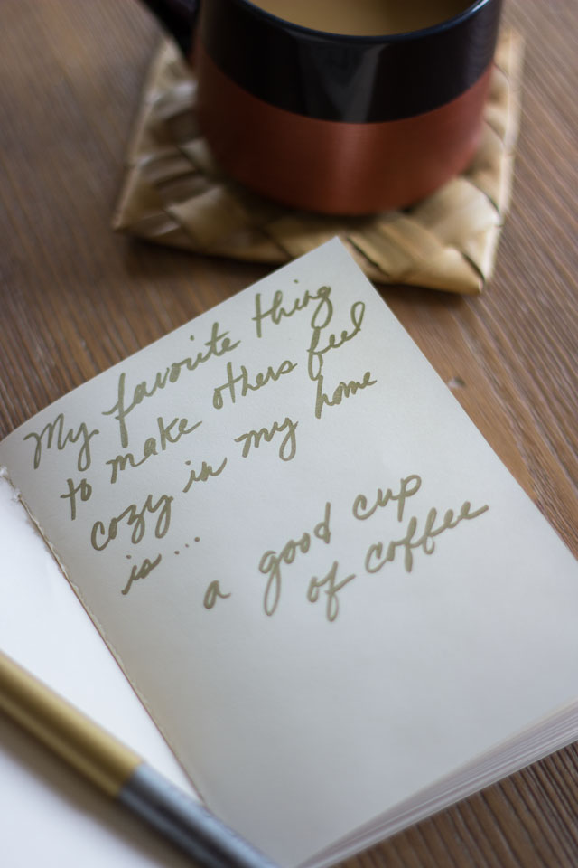 A cozy coffee date || http://www.designimprovised.com #feelglade