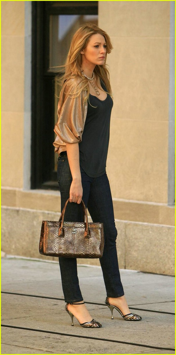 Labels: Blake Lively , Style Icon