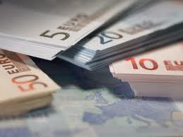 Mέσος φόρος 1.453 ευρώ προκύπτει για τους δύο στους τρεις φορολογούμενους