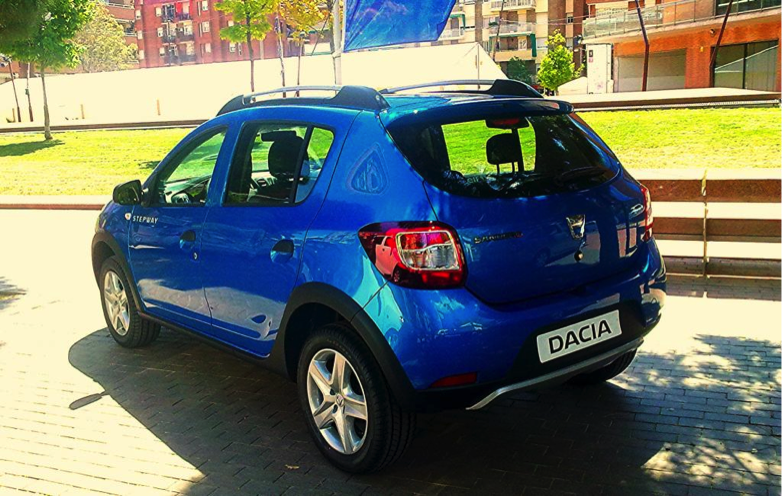 speedmonkey 2014 dacia sandero stepway review. Black Bedroom Furniture Sets. Home Design Ideas