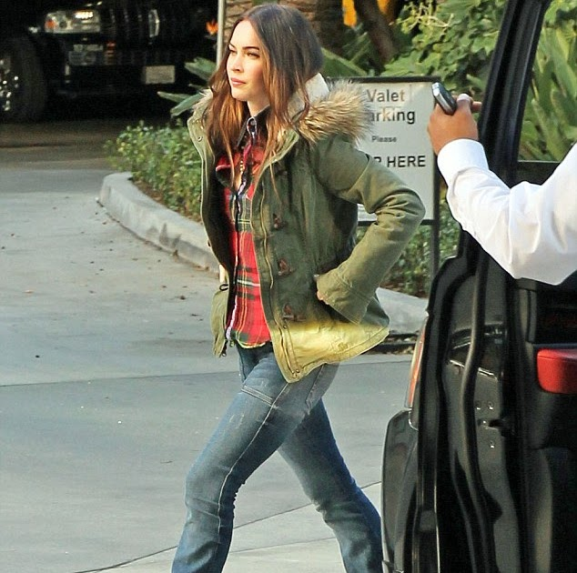 Stuck In The '70s! Megan Fox Sports Retro-style Flared