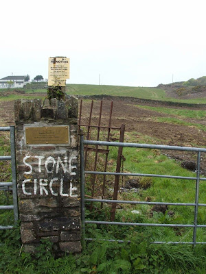 We don't need no stinkin' Stonehenge.