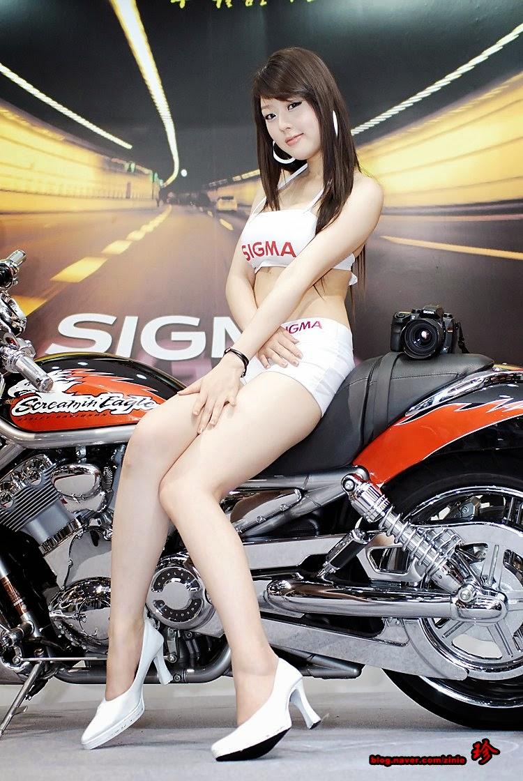 hwang mi hee sexy motor show model 04