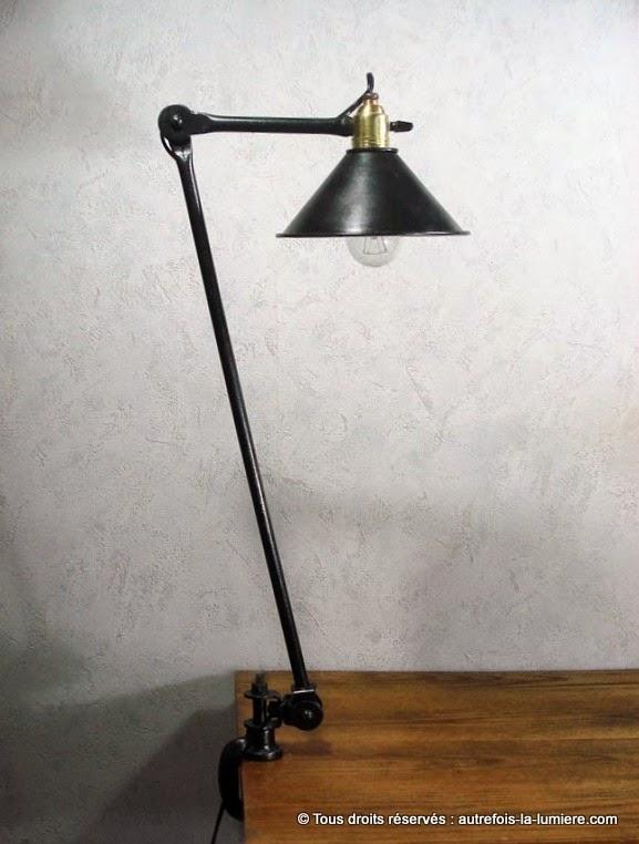 http://www.autrefois-la-lumiere.com/2013/01/lampe-datelier.html