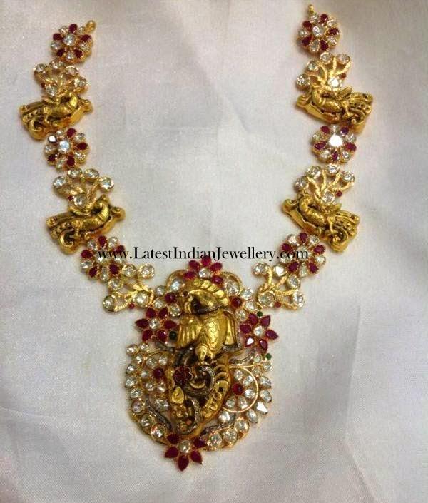 Parrot Design Gold Necklace