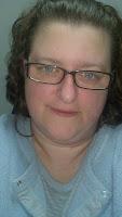 Tina Johanning<br>{aka: The Apron Lady}