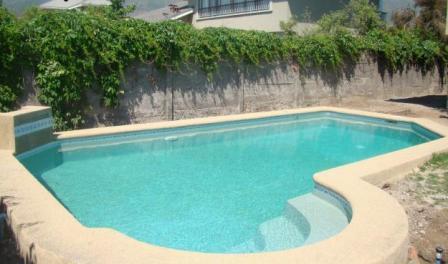 Constructora gilgal la raz n logica de inmigrar para el for Construccion de piscinas en guatemala