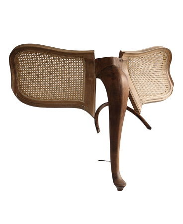 Arte con madera reciclada esculturas de for Muebles elefante