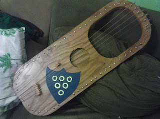 Finish 6-String Angle Saxon Lyre