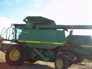 John Deere 9510 combine