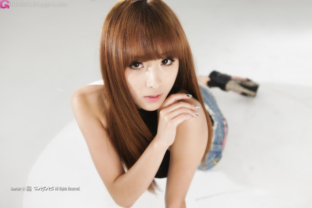 1 Minah - Black Top and the Levi's-very cute asian girl-girlcute4u.blogspot.com