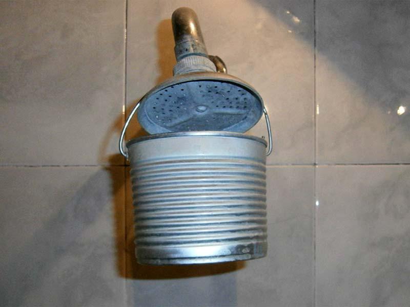 Como arreglar la ducha que gotea humor nube de im genes for Como arreglar la llave de la ducha que gotea