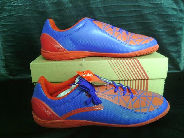 Sepatu Futsal Specs Swervo Orca In