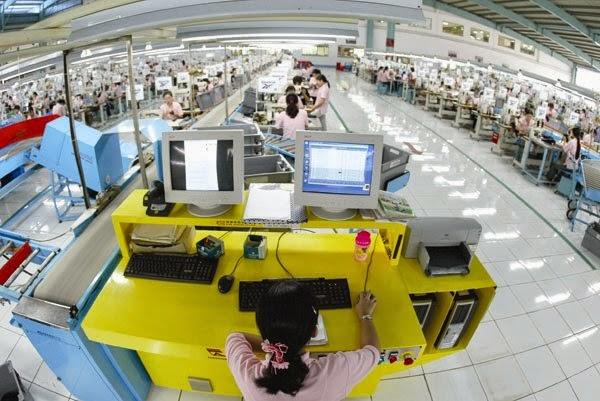 Tỷ lệ nhập khẩu từ Trung Quốc của ngành dệt may phải nhanh chóng giảm từ mức 65% hiện nay xuống mức an toàn hơn. Ảnh: THANH TAO