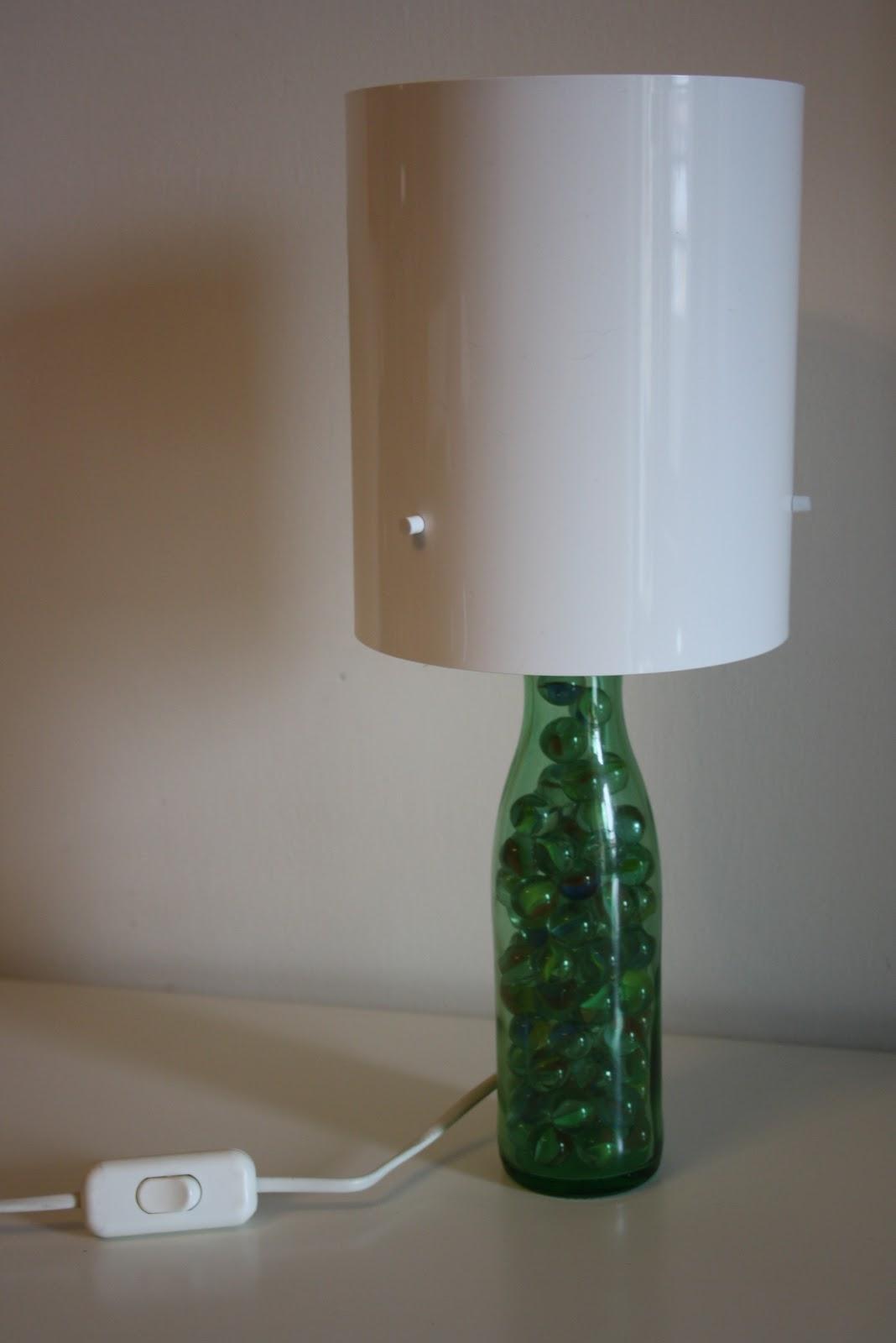 Il baule delle idee da una bottiglia a una lampada - Bottiglie vetro ikea ...