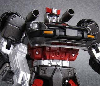 Tomy Takara Transformers Masterpiece MP-19 Bluestreak figure