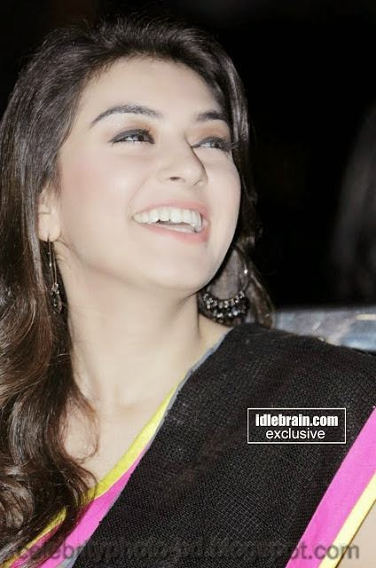 Hot+Hansika+Motwani+gorgeous+pics+In+attractive+saree001