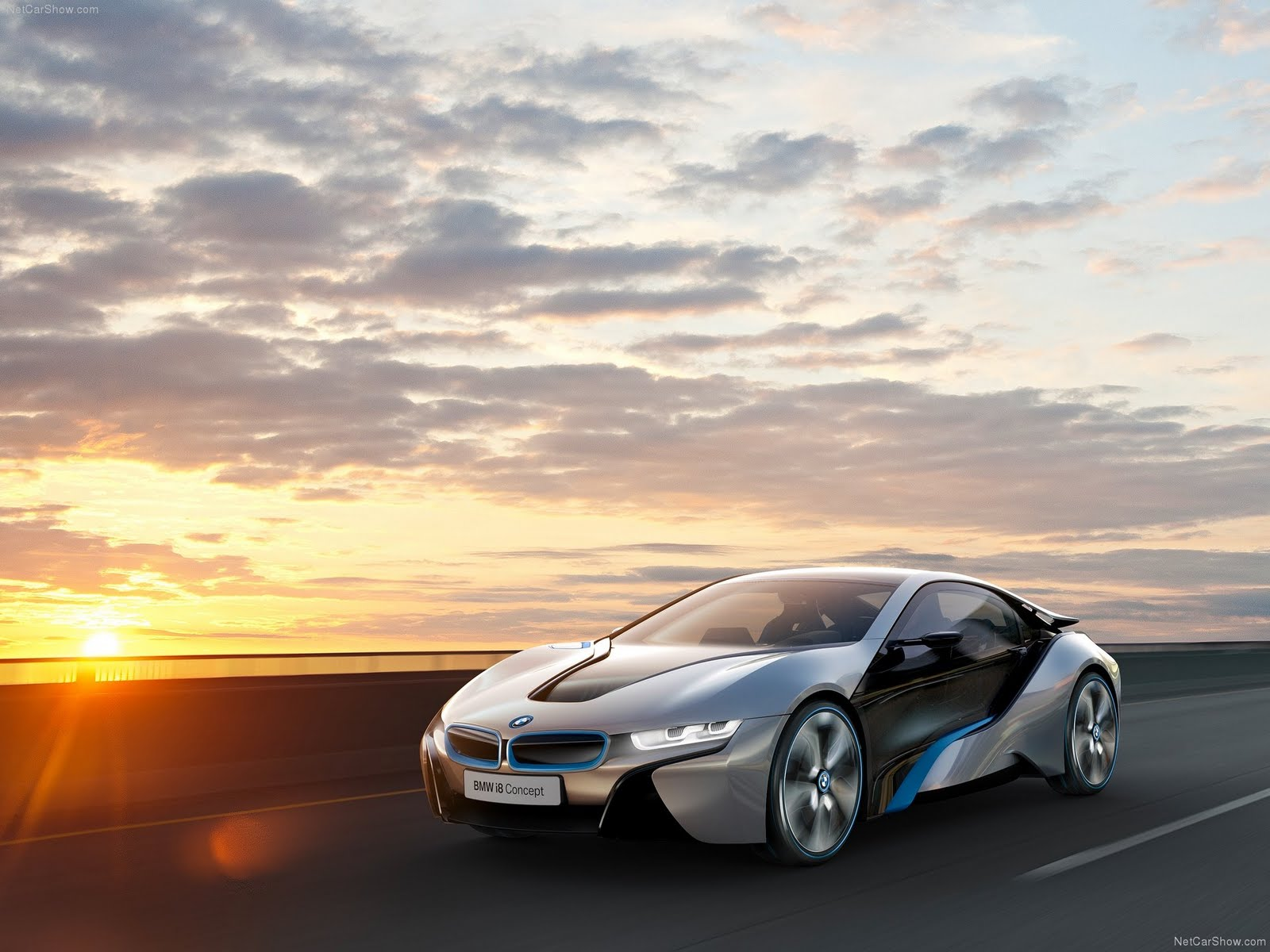 Latest cars BMW i8 New Car Mode price