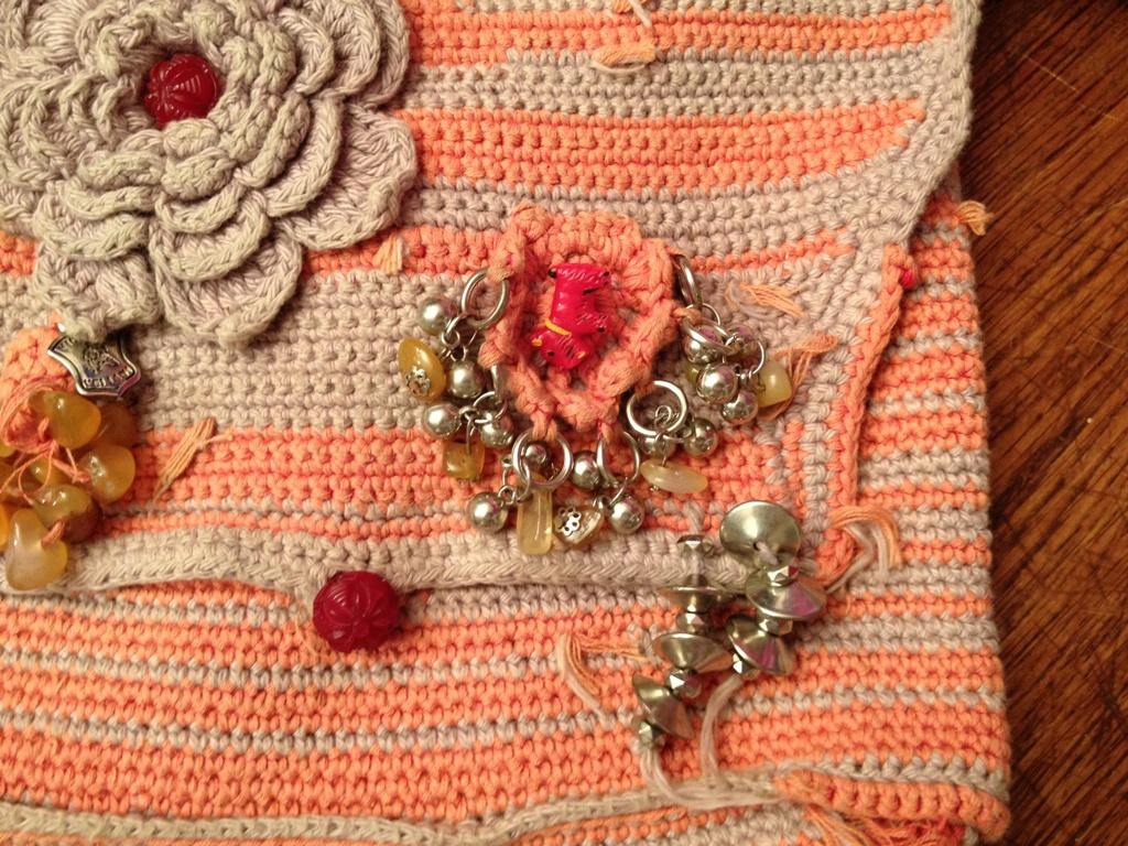 mes r ves de crochet sac bandouli re au crochet. Black Bedroom Furniture Sets. Home Design Ideas