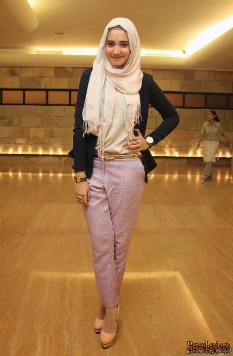 Foto Gaya Model Hijab Ala Artis Zaskia Sungkar