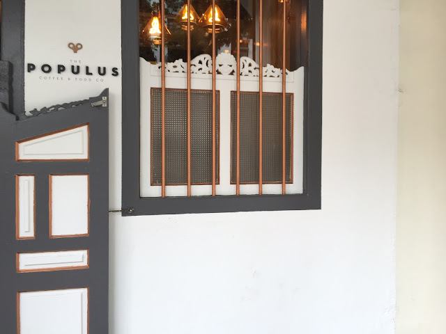 Singapore Cafe - Populus Cafe at 146 Neil Road