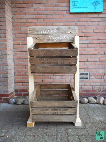 Make a 2 layer crate storage fruit stand, instantly! By DIY OL featured on ilovethatjunk.com