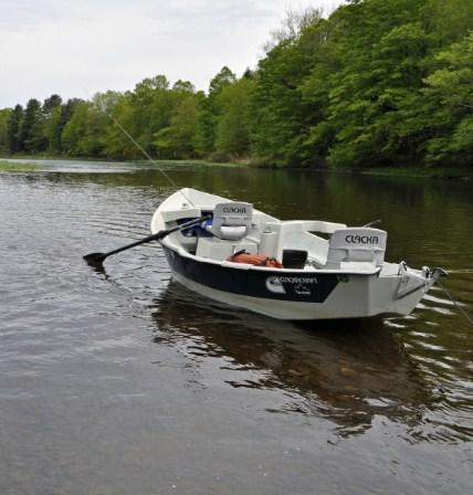 Cross current fishing drift boat etiquette for Drift boat fishing