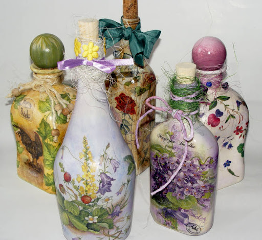 Ideas country y algo m s botellas decoradas con decoupage - Decoupage con servilletas en muebles ...