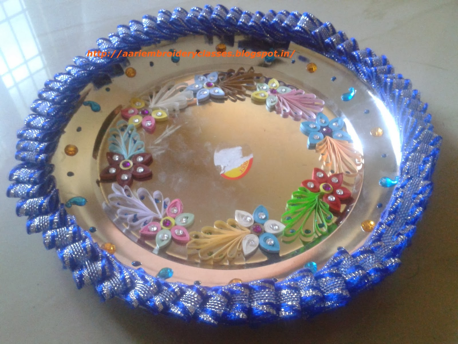Mari aari creations mari fashion boutique aarathi plates for Aarathi plates decoration