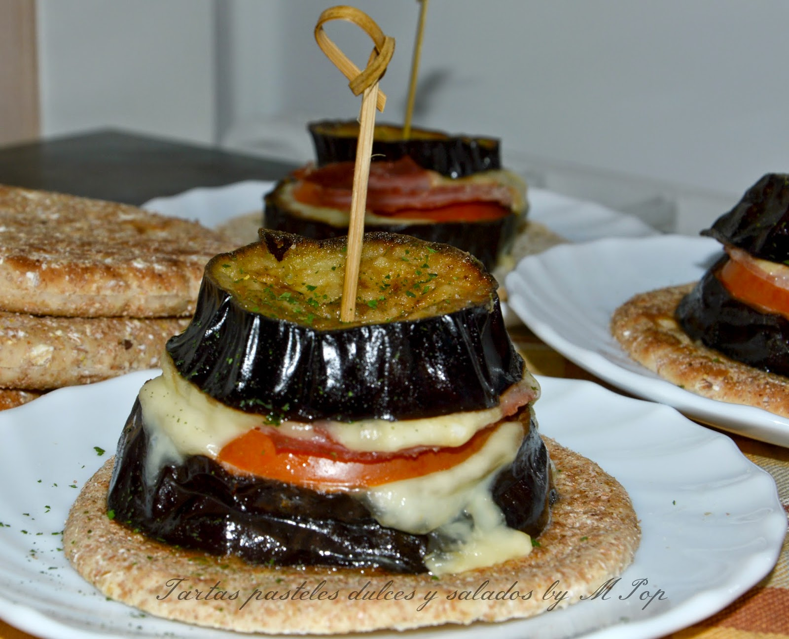 Tartas pasteles dulces y salados by mpop montaditos de - Berenjenas con mozzarella ...