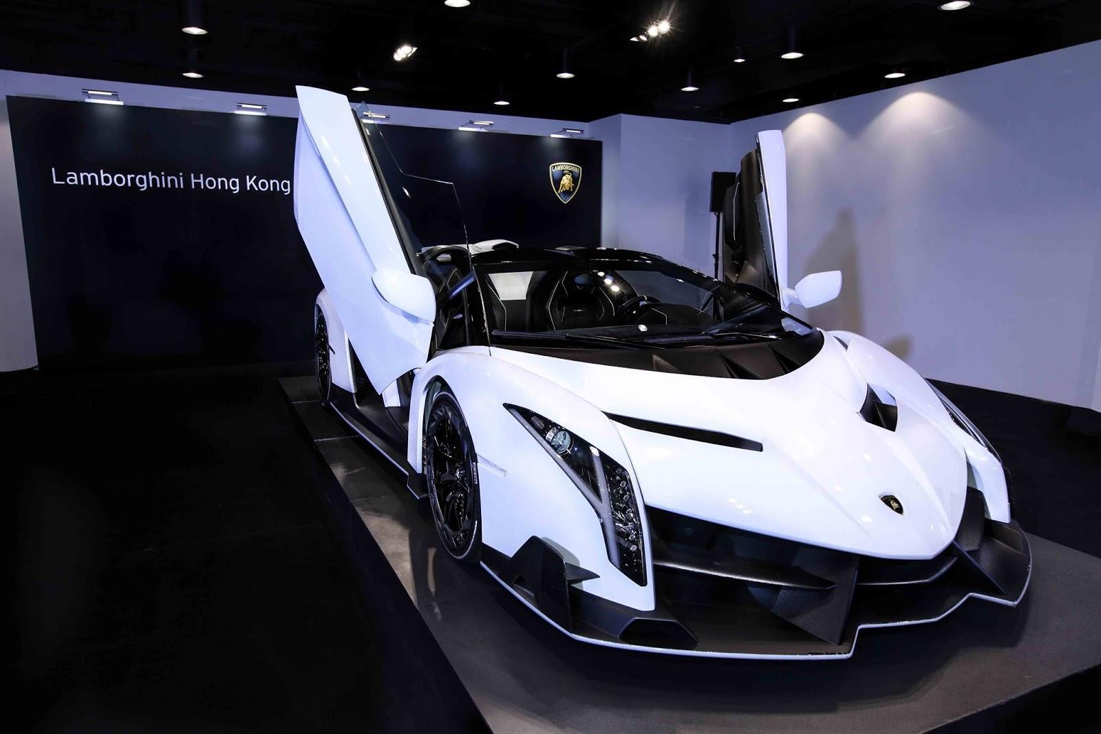 Foto Mobil Sport Warna Putih Modifikasi Mobil