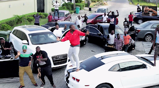 Skelewu Video Clip from Davido