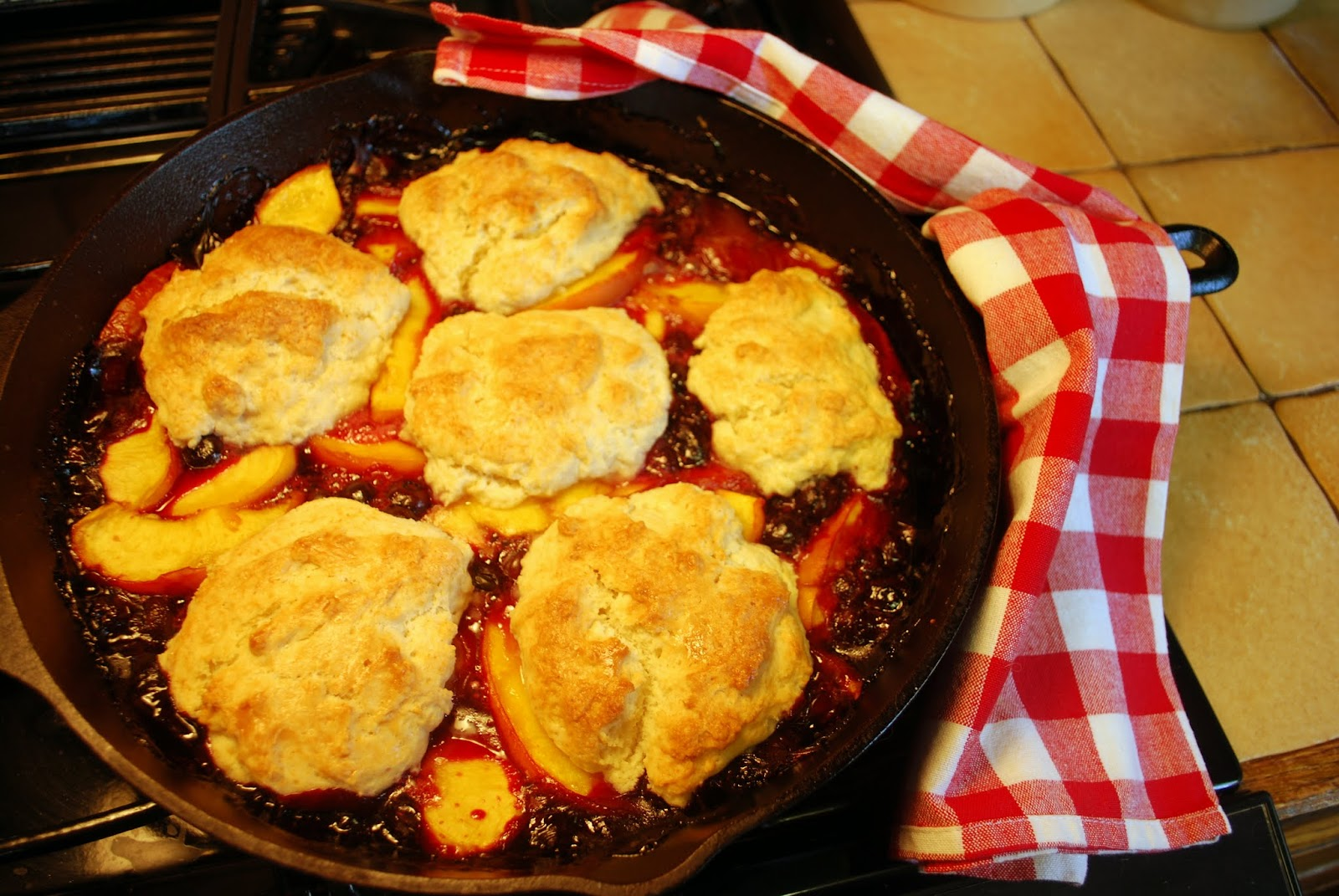 Mille Fiori Favoriti: Blueberry Peach Cobbler