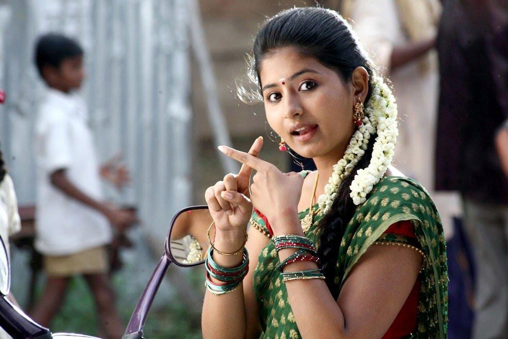 Mallu Actress Hot Photos: Reshma Hot Mallu Actress Video