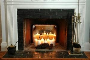 décorer une cheminée avec des bougies