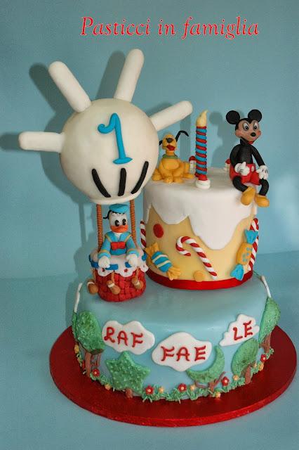 """sugar cake """"topolino e pluto in attesa di paperino per il baby party"""""""