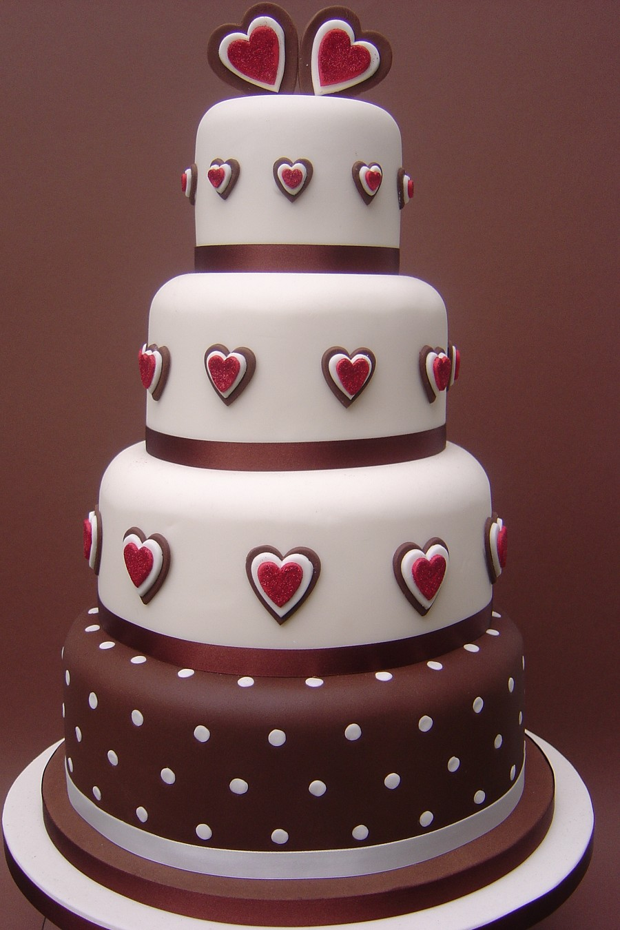 Fabulous Heart Chocolate Wedding Cake 900 x 1350 · 213 kB · jpeg