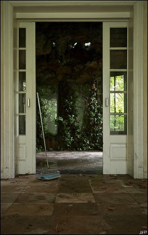 Urbex la maison decor photo urbex exploration for Decoration externe maison
